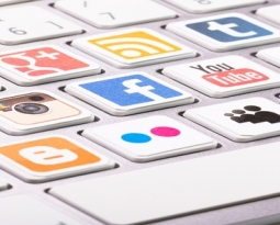 How Businesses Use Social Media for Marketing to Clients